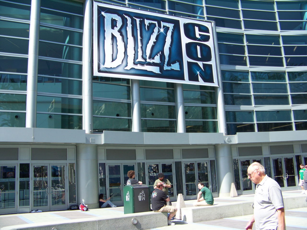 Welcome to BlizzCon - Attendees Camping Out